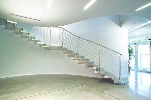 Freitragende-Treppe-Edelstahl-marretti