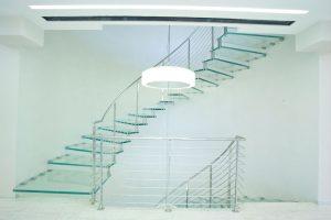 Freitragende-Treppen-Glas-marretti