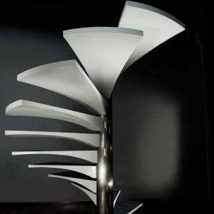 Spiralförmige-Wendeltreppe-marretti