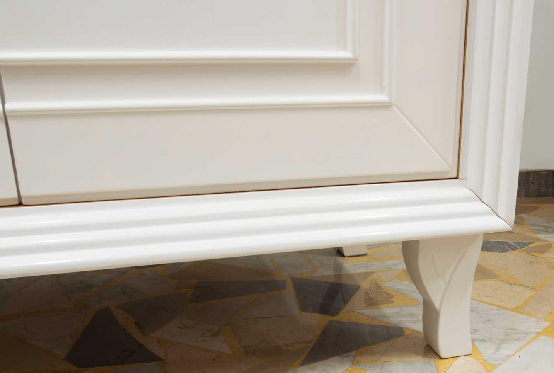 Weißer Kleiderschrank mit zwei Türen   madeinitaly.de