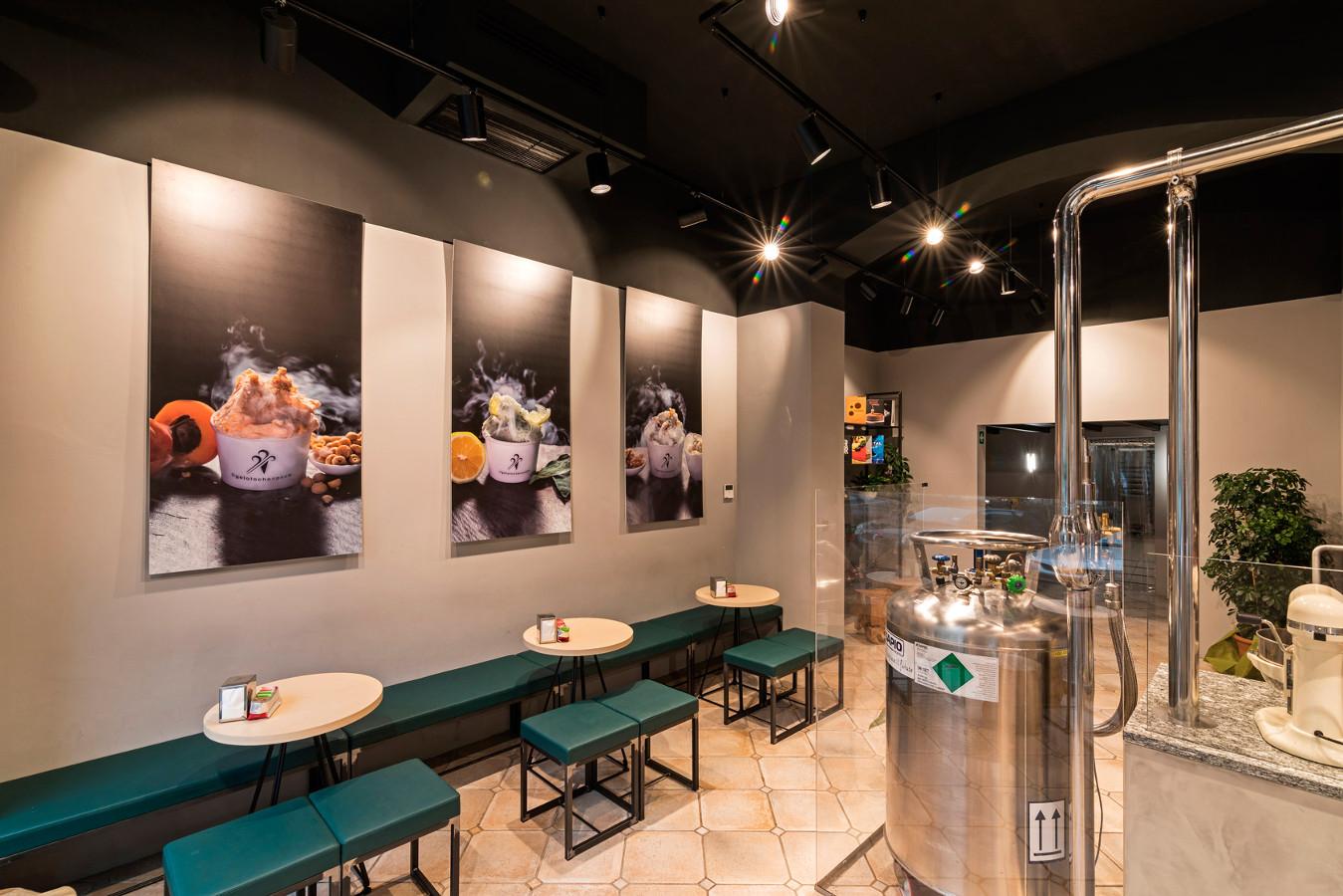 Referenzen ice cream shops confectioneries for Made in italy arredamenti bertinoro