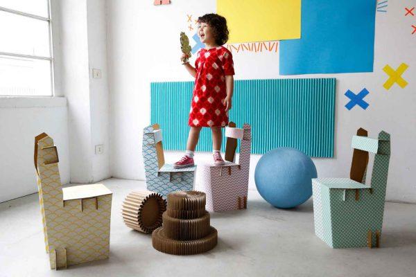 03-A4Adesign - single-for-kids ph-Martino-Lunghi Kartonmöbel aus pappe, karton kinderstuhl