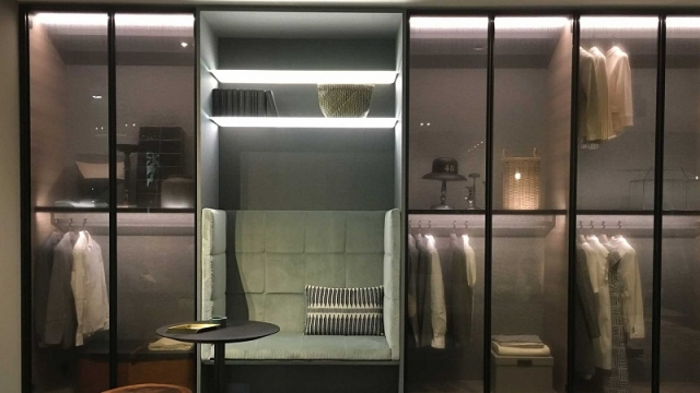 LEMA NEWS 2018 KLEIDERSCHRANK OPHERA Design by Piero Lissoni