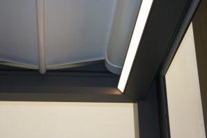 Accessories-Lampen-Fußböden-Zwischendach-Vorhänge