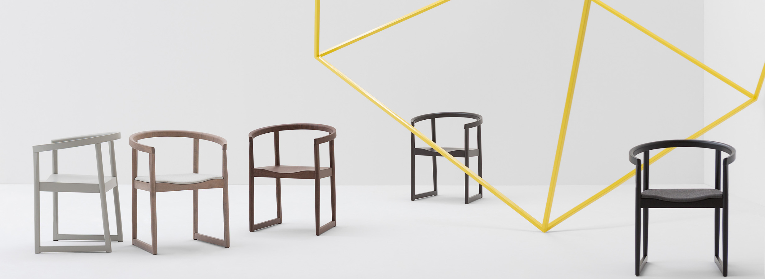 Stuhl-Armlehne-Billiani_Nordica