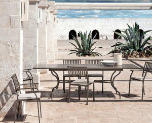 Metalltische-Metallstühle-elisir-ethimo-outdoor