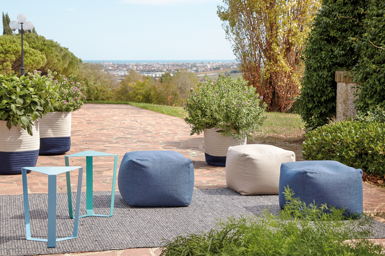 ARCHIMEDE outdoor 2 - MemeDesign