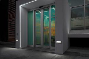 Koi-220-Deckenleuchten-Wandleuchten-lombardo-Wegweiser,Treppenbeleuchtung, led, stufenbeleuchtung,