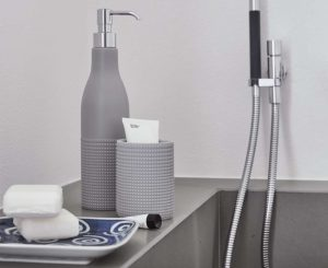 re-di-bolle-badezimmerspender-geelli