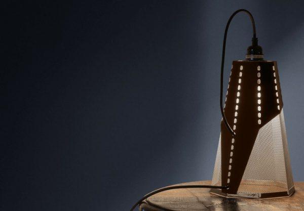 frac-corten-tischlampe-trackdesign