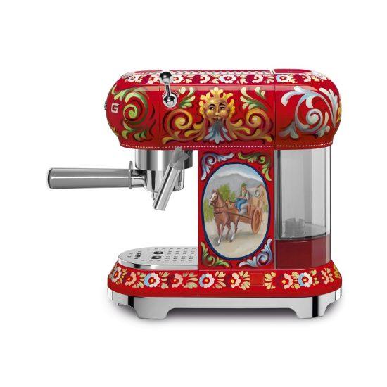 SMEG-Dolce-Gabbana-Espresso-maschine-2