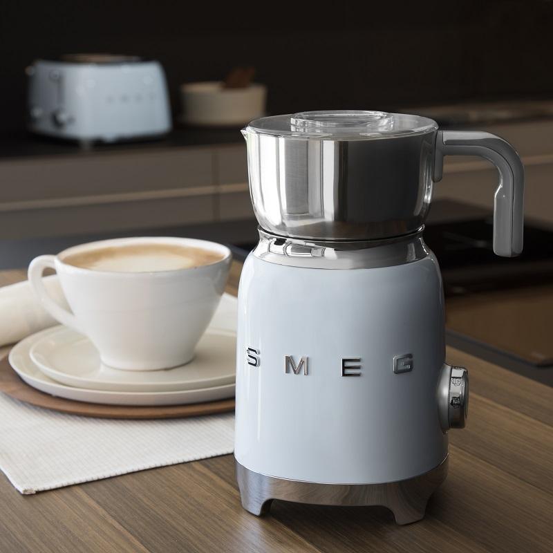 smeg Retro-Style Milchaufschäumer 2