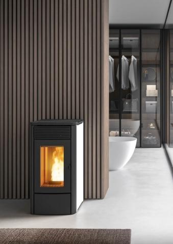MCZ_Alyssa-Öfen-Kamin-Badezimmer-Ambiente-inspirationen-einrichten-Traumbad-min