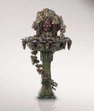 BACCHUSBRUNNEN_klassische_brunnen_bronzebrunnen_bronze_mit_gruene_patina_KUNSTHANDWERKE